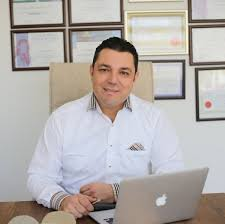 Dr. Mustafa Nihat Koç